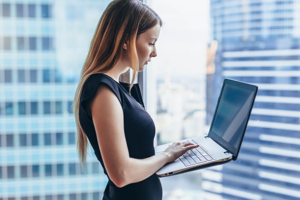 women with computer